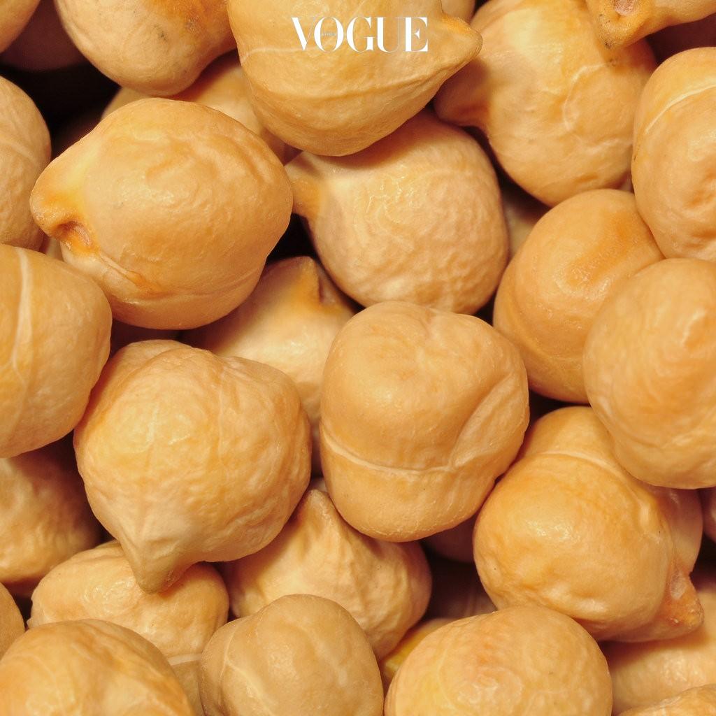 병아리의 머리와 닮았다고해서 붙여진 이름 병아리 콩. 단백질이 풍부하지만 열량은 적어  훌륭한 다이어트 식품으로도 꼽히고 있습니다.