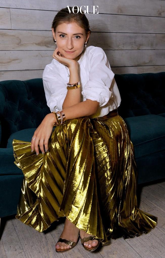 제니 왈튼 Jenny Walton 미국 뉴욕 출신. 샤토리얼리스트(The Sartorialist) 패션 디렉터. 파스텔과 모노톤으로 싱그러우면서도 로맨틱한 페미닌 룩 완성.