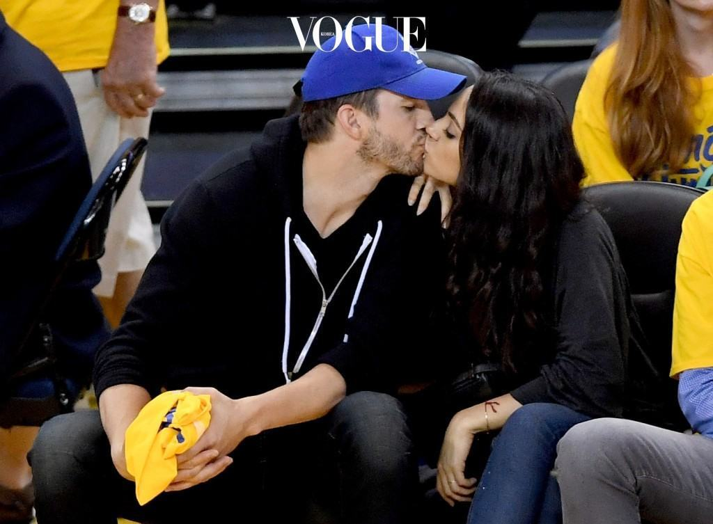 OAKLAND, CA - JUNE 05:  (L-R) Actors Ashton Kutcher and Mila Kunis attend Game 2 of the 2016 NBA Finals between the Golden State Warriors and the Cleveland Cavaliers at ORACLE Arena on June 5, 2016 in Oakland, California. NOTE TO USER: User expressly acknowledges and agrees that, by downloading and or using this photograph, User is consenting to the terms and conditions of the Getty Images License Agreement.  (Photo by Thearon W. Henderson/Getty Images)