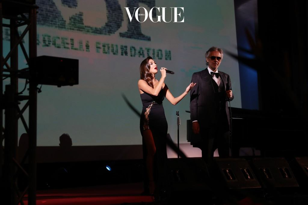 FLORENCE, ITALY - JANUARY 09:  Nicole Scherzinger and Andrea Bocelli perform during Firenze4ever 14th Edition Party hosted by LuisaViaRoma on January 9, 2017 in Florence, Italy.  (Photo by Vittorio Zunino Celotto/Getty Images for LuisaViaRoma  )