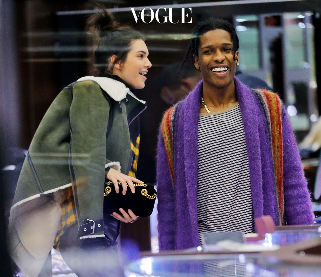 Kendall Jenner and rumored bf A$AP Rocky (ASAP) go jewelry shopping looking at engagement rings, necklaces, and grills at a midtown jewelry store in New York Pictured: Kendall Jenner, A$AP Rocky, ASAP Ref: SPL1423967  170117   Picture by: Jackson Lee / Splash News Splash News and Pictures Los Angeles:310-821-2666 New York:212-619-2666 London: 870-934-2666 photodesk@splashnews.com