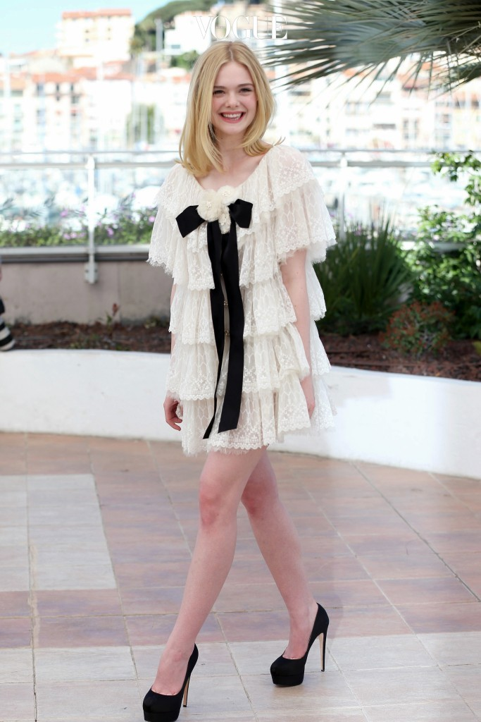 이는 사랑스러움의 아이콘,  엘르 패닝 Elle Fanning의 모습에서도 발견할 수 있습니다.