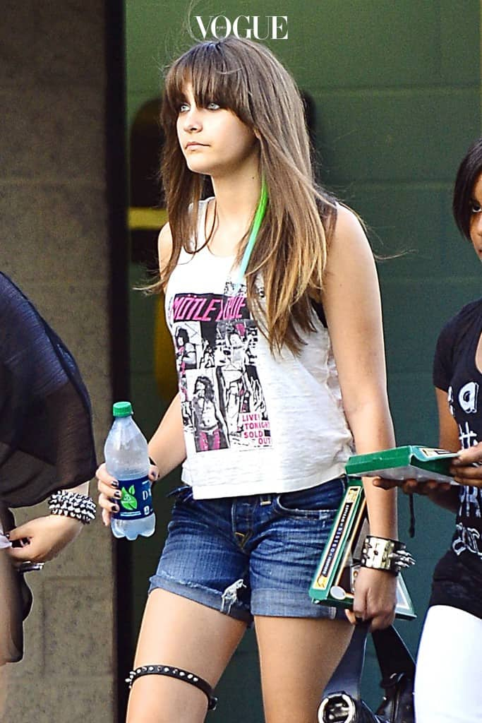 EXCLUSIVE: Paris Jackson was spotted wearing her rock gear and Motley Crue shirt while at the Motley Crue and Kiss Concert with some friends and her cousion TJ Jackson at the Verizon Amphitheater in Irvine, CA. Pictured: Paris Jackson Ref: SPL426635  150812   EXCLUSIVE Picture by: Sharpshooter Images / Splash Splash News and Pictures Los Angeles:310-821-2666 New York:212-619-2666 London: 870-934-2666 photodesk@splashnews.com