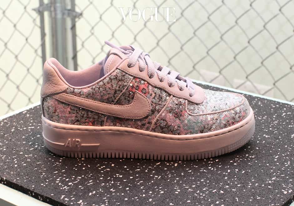 nike-air-force-1-glass-slipper-1