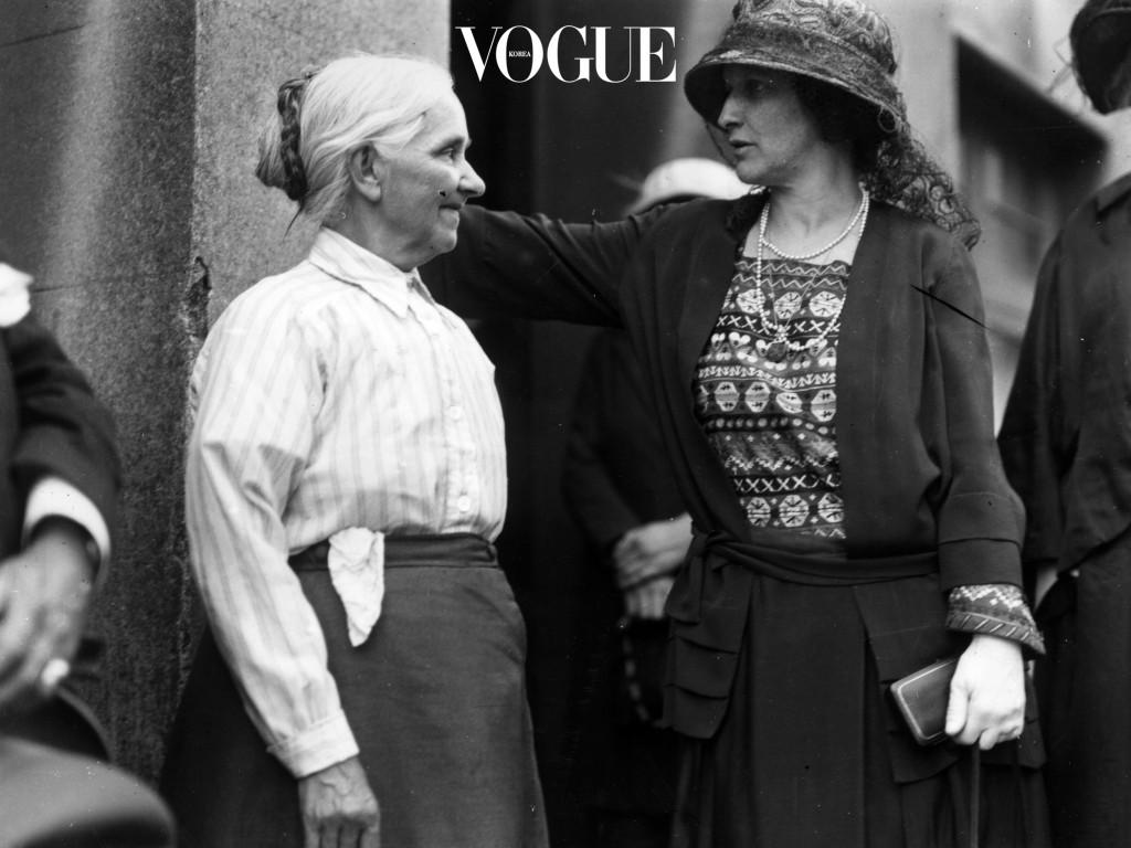특히 아줌마가 아닌 '할머니'라 칭하게 되는 50대 후반부터 그 양상은 점점 심해지죠.