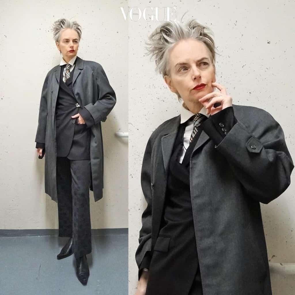 어느 하나에 속하지 않은 다양한 패션을 섭렵하는 벤쿠버에 사는 50대 멜라니.