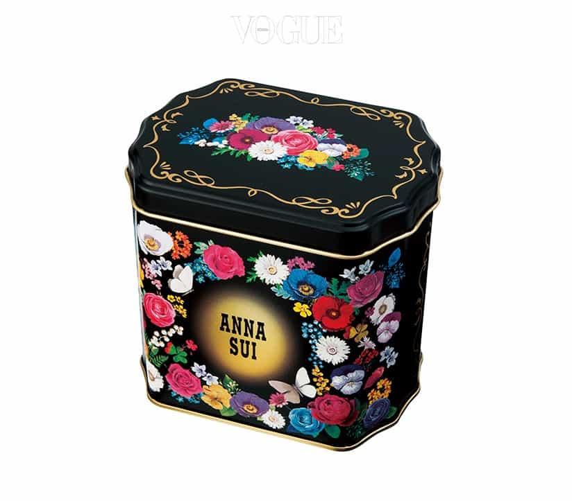 작은 선물을 담아 주거나, 인테리어 소품 등으로 사용하면 좋을 '안나수이' 의 기프트 틸 박스. 지저분한 소품을 담거나, 사무실에서 필통 대용으로 사용해도 참 좋겠죠?