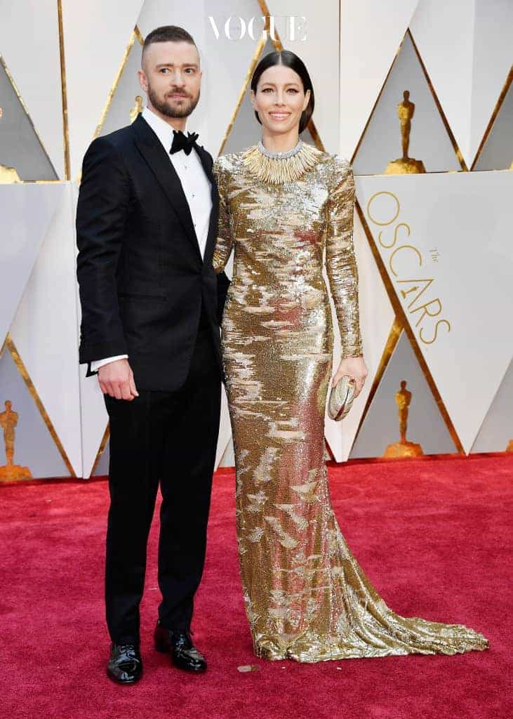 HOLLYWOOD, CA - FEBRUARY 26:  Actor/singer Justin Timberlake (L) and actor Jessica Biel attend the 89th Annual Academy Awards at Hollywood & Highland Center on February 26, 2017 in Hollywood, California.  (Photo by Frazer Harrison/Getty Images)