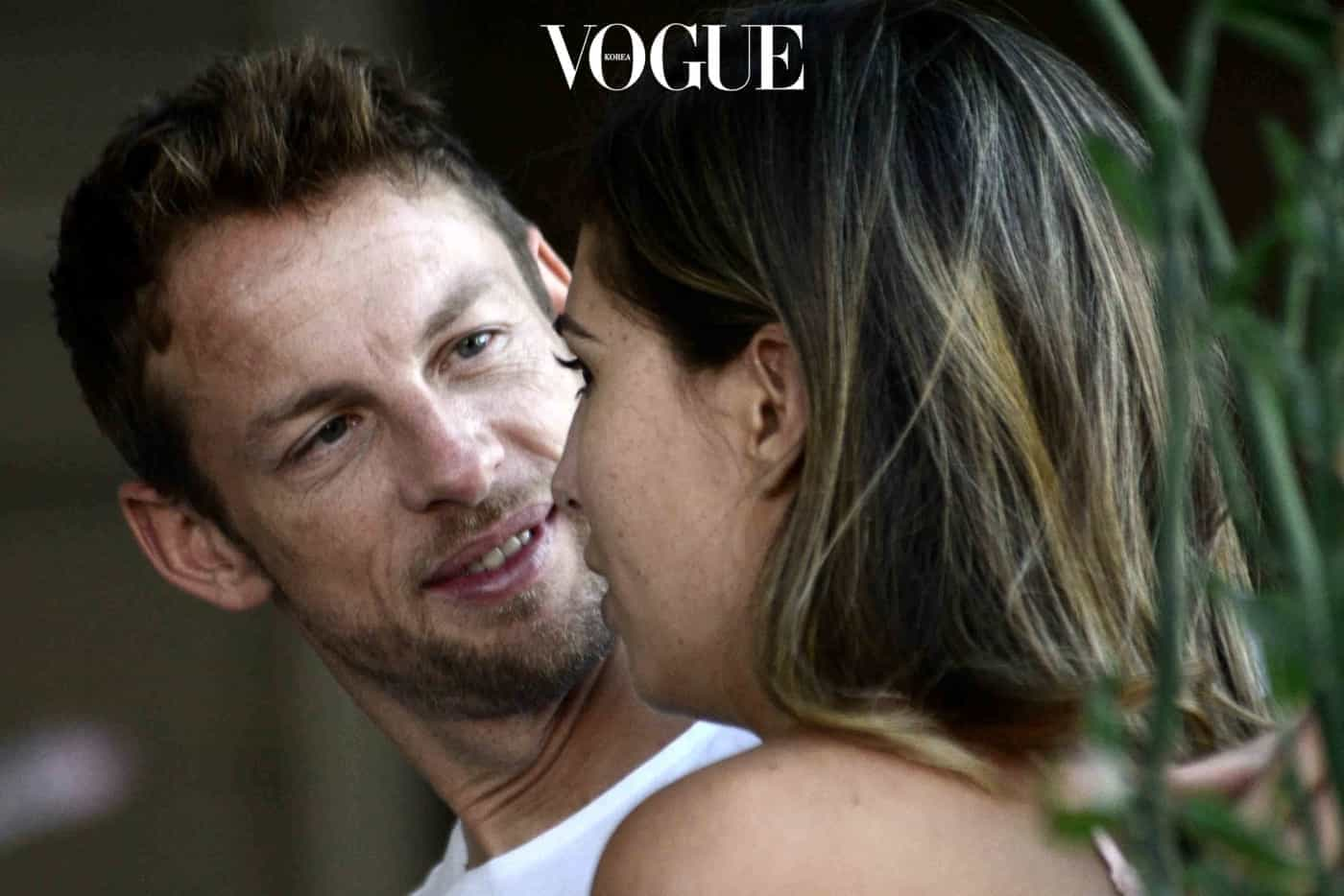 EXCLUSIVE: F1 Racing car driver Jenson Button gets cozy with his girlfriend Brittny Ward as they having lunch along Sunset Boulevard in West Hollywood, Ca  Pictured: Jenson Button and Brittny Ward Ref: SPL1372270  111016   EXCLUSIVE Picture by: GoldenEye / London Entertainment  Splash News and Pictures Los Angeles:	310-821-2666 New York:	212-619-2666 London:	870-934-2666 photodesk@splashnews.com