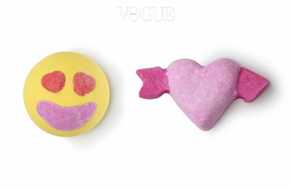 러쉬 마니아라면 3월 한정 출시하는 '러브 에디션'을 놓치지 마세요. 입욕제부터 마사지 밤, 립글로스, 립 스크럽, 샤워크림까지 분홍빛 가득한 배스&보디 제품이 대거 쏟아집니다. 눈과 코를 간지럽히는 13가지 제품 중 내 사랑을 위한 선택은?