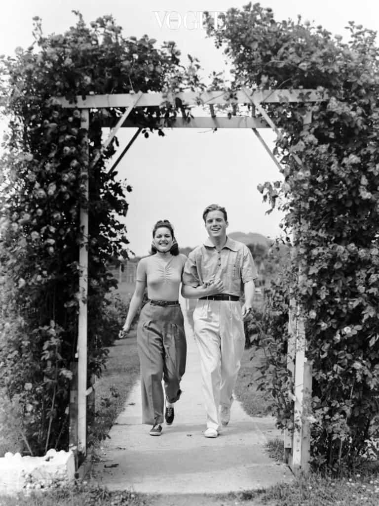 키 차이 보다 마음의 차이에 더 신경 쓰는 우리가 되길. 언제나 꽃길을 걷는 커플들이 되길 바라며...