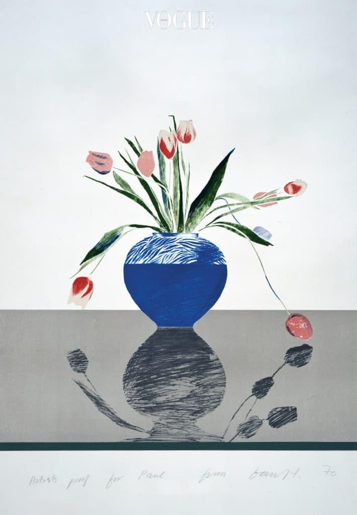 """""""그 그림을 얼마를 주고 샀는지는 기억나지 않지만 가스 요금을 내느냐 판화를 사느냐를 두고 고민했던 건 기억한다. 그리고 우린 판화를 선택했다""""고 폴 스미스는 1970년 아내와 함께 구입한 'Pretty Tulips'(1969년)에 대해 말한다."""