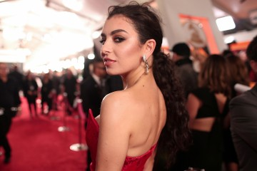 LOS ANGELES, CA - FEBRUARY 12:  Singer/Songwriter Charli XCX attends The 59th GRAMMY Awards at STAPLES Center on February 12, 2017 in Los Angeles, California.  (Photo by Christopher Polk/Getty Images for NARAS)