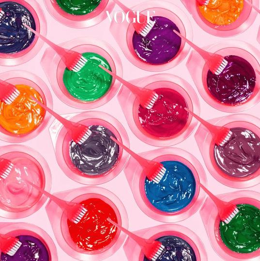 잼처럼 진득한 제형의 틴트로 일시적인 염색 효과를 주며, 사용양에 따라 채도, 밝기 조절도 원하는대로 연출 가능합니다.