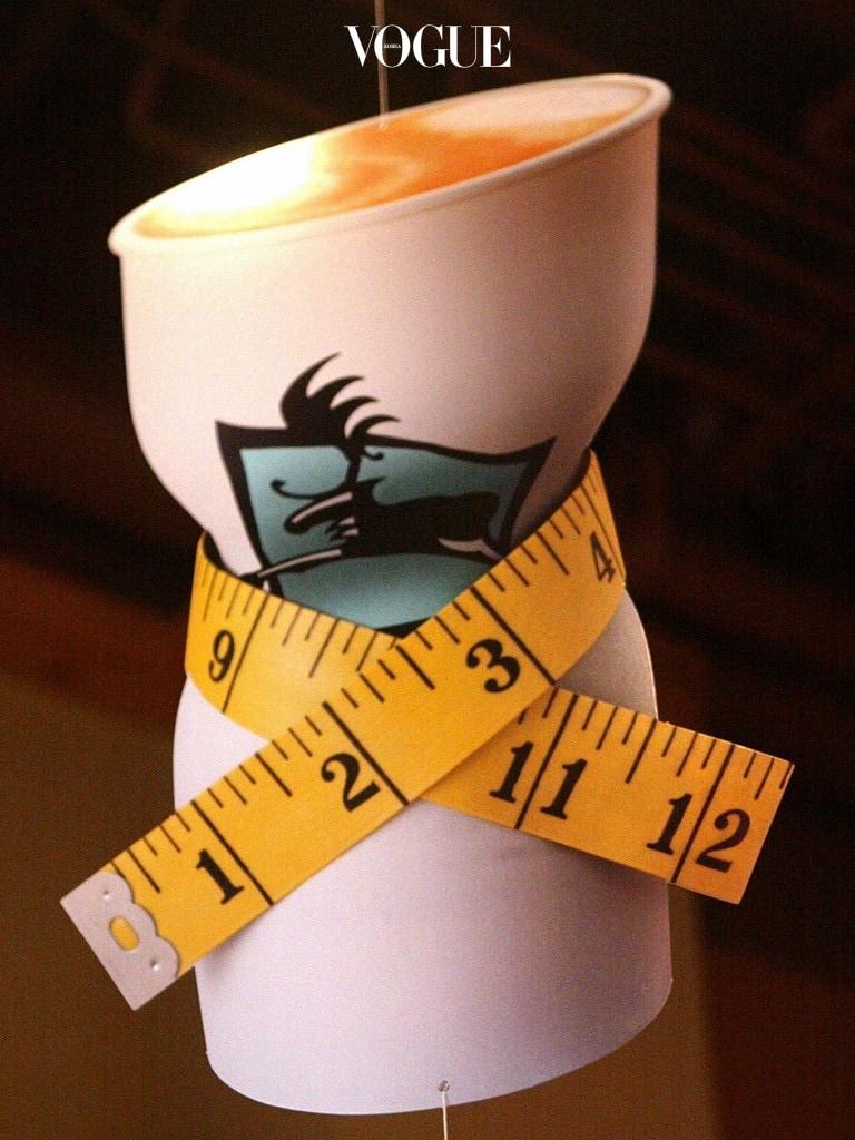 하지만 여기서 잊지 말아야할 것은 굶는 다이어트는 절대 하면 안 된다는 것입니다.