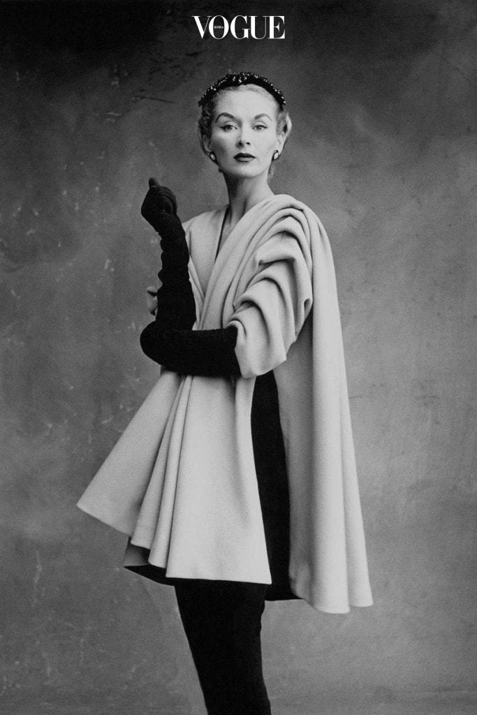 Lisa Fonssagrives-Penn wearing a coat by Cristóbal Balenciaga, Paris, 1950