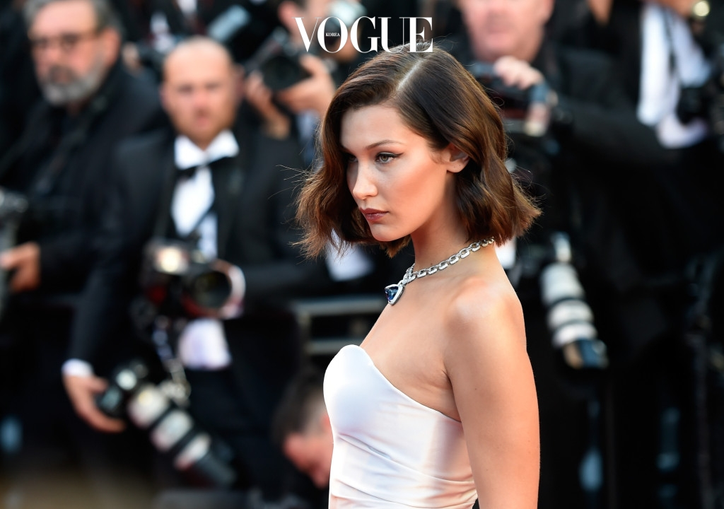 "CANNES, FRANCE - MAY 17:  Bella Hadid attends the ""Ismael's Ghosts (Les Fantomes d'Ismael)"" screening and Opening Gala during the 70th annual Cannes Film Festival at Palais des Festivals on May 17, 2017 in Cannes, France.  (Photo by Antony Jones/Getty Images)"