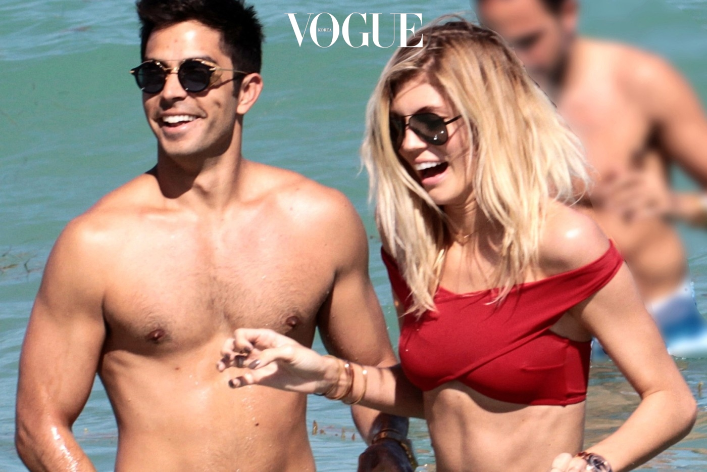 Victoria's Secret model  Devon Windsor and her boyfriend Johnny Dex celebrate their one year anniversary on Miami Beach, Florida.  Pictured: Devon Windsor amd Johnny Dex Ref: SPL1464482  190317   Picture by: FAMA PRESS / Splash News  Splash News and Pictures Los Angeles:	310-821-2666 New York:	212-619-2666 London:	870-934-2666 photodesk@splashnews.com