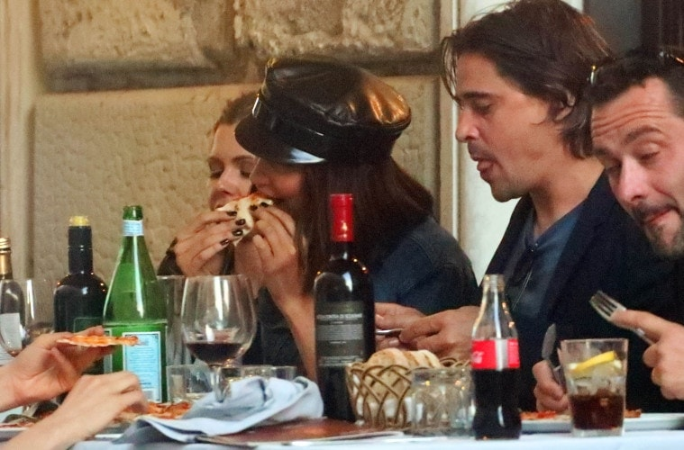 EXCLUSIVE: Bella Hadid is seen having dinner with a mystery man and friends on May 22, 2017 in Rome, Italy.  Pictured: Bella Hadid Ref: SPL1506297  220517   EXCLUSIVE Picture by: Splash News  Splash News and Pictures Los Angeles:	310-821-2666 New York:	212-619-2666 London:	870-934-2666 photodesk@splashnews.com