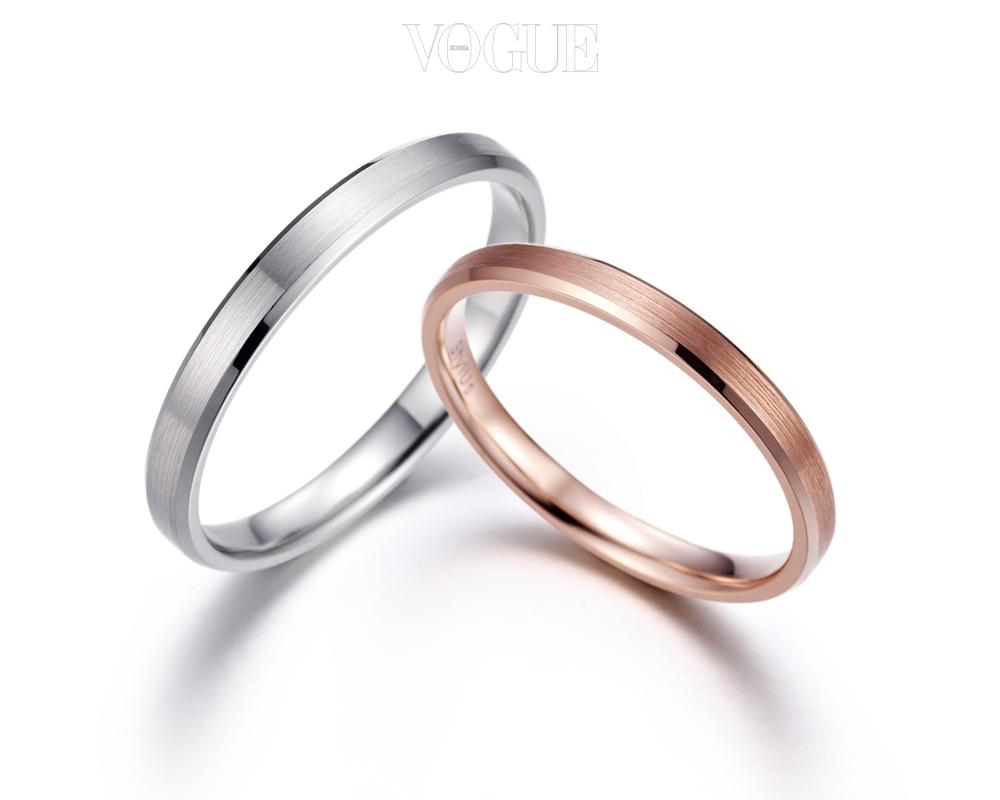 1) 비긴(Begin) 14K 커플링 695,000원 Begin 시작, 처음 사랑하는 그 마음이 끝까지 함께하길, 그리고 그 마음이 영원하기를 바라는 마음으로 디자인된 커플링 입니다. 처음, 사랑을 시작할 때 순수했던 그 마음처럼 고운 무광 느낌에 살며시 각이 쳐져 은은한 반짝임이 돋보이는 깨끗한 반지 입니다. 겹 반지와 함께 착용하면 심플한 반지에 화사한 분위기를 더할 수 있습니다. (14K, 화이트골드, 핑크골드)