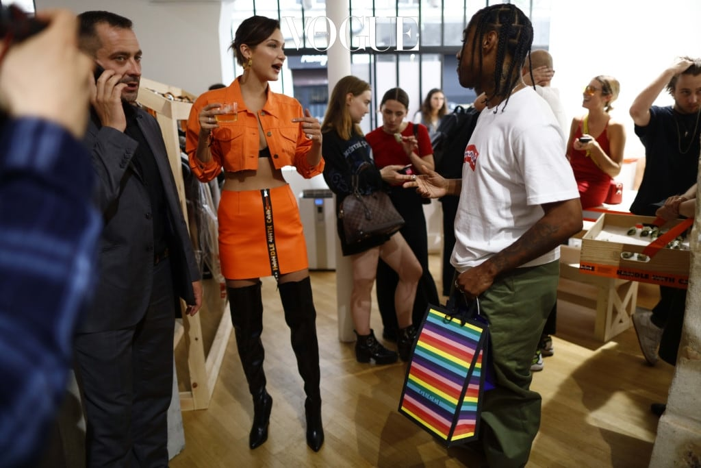 Bella Hadid and Travis Scott attend the Heron Preston Menswear Presentation Spring/Summer 2018 show as part of Paris Fashion Week in Paris, France. Pictured: Bella Hadid and Travis Scott Ref: SPL1525480  220617   Picture by: SplashNews Splash News and Pictures Los Angeles:310-821-2666 New York:212-619-2666 London:870-934-2666 photodesk@splashnews.com