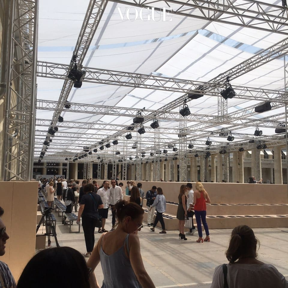 Paris day 3.  루이 비통 쇼장. 벌써부터 몹시 기대된다.