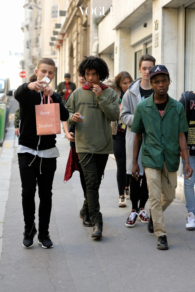 Model Luka Sabbat gets selfie-bombed as he walks past Commes des Garcons at Hotel Potocki in Paris, France on October 3, 2015 Pictured: Luka Sabbat Ref: SPL1154783  031015   Picture by: Christopher Peterson/Splash News Splash News and Pictures Los Angeles:310-821-2666 New York:212-619-2666 London:870-934-2666 photodesk@splashnews.com