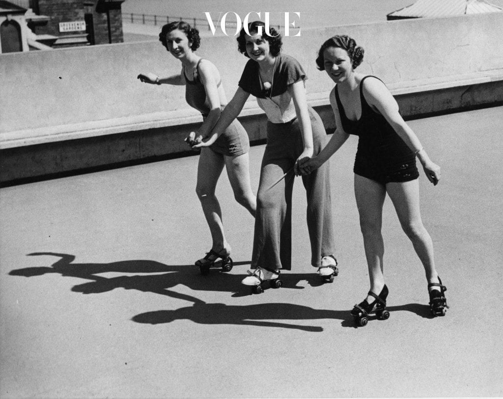 롤러 스케이트는 전신의 근육을 다 사용하는 운동으로 한 시간에 약 600칼로리 정도가 소모된다고 하니, 건강한 취미생활로도 좋겠죠?