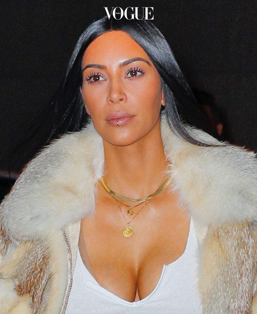 Kim Kardashian pairs her lip ring with a fur coat while out and about in New York City, New York. Pictured: Kim Kardashian Ref: SPL1423459  160117   Picture by: Jackson Lee / Splash News Splash News and Pictures Los Angeles:310-821-2666 New York:212-619-2666 London:870-934-2666 photodesk@splashnews.com