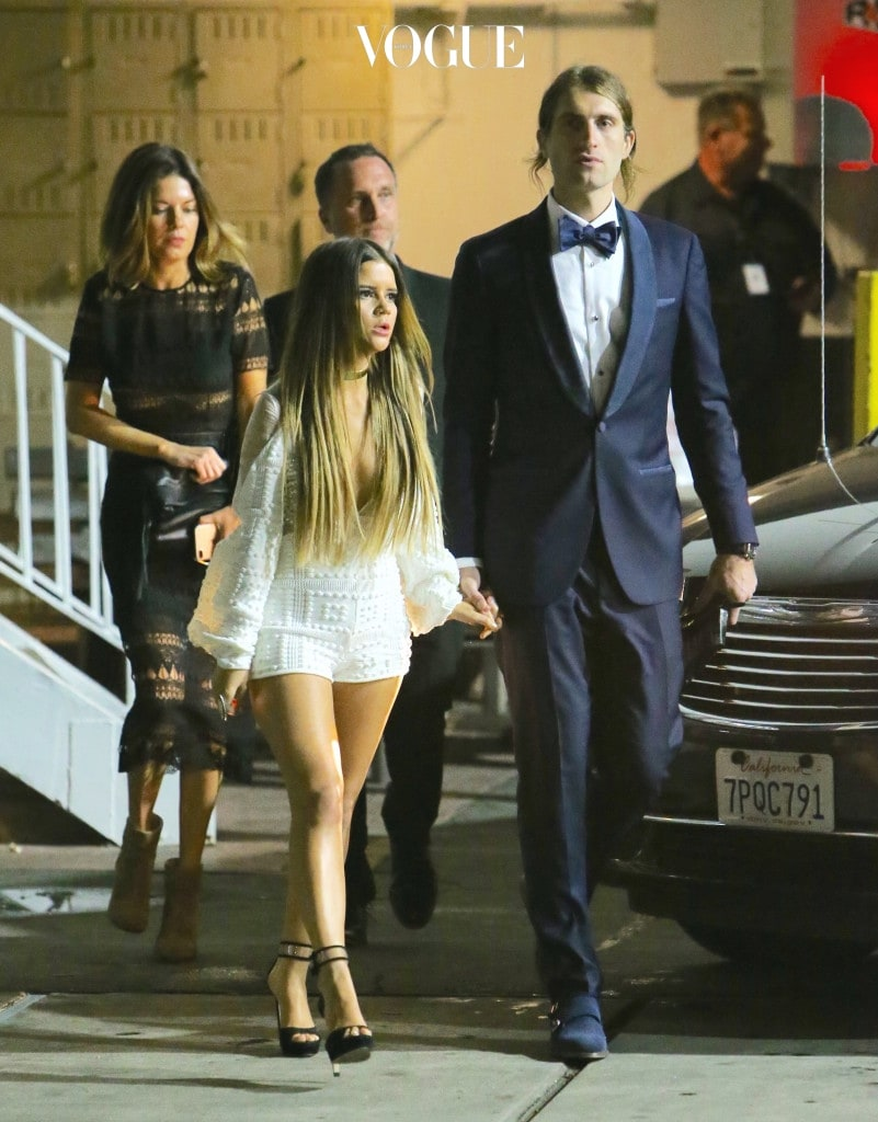 EXCLUSIVE: Singers Ryan Hurd and Maren Morris hold hands as they exit the Clive Davis Pre-Grammy party held in Beverly Hills, California. Pictured: Maren Morris, Ryan Hurd Ref: SPL1440630  120217   EXCLUSIVE Picture by: Bello / Splash News Splash News and Pictures Los Angeles:310-821-2666 New York:212-619-2666 London:870-934-2666 photodesk@splashnews.com