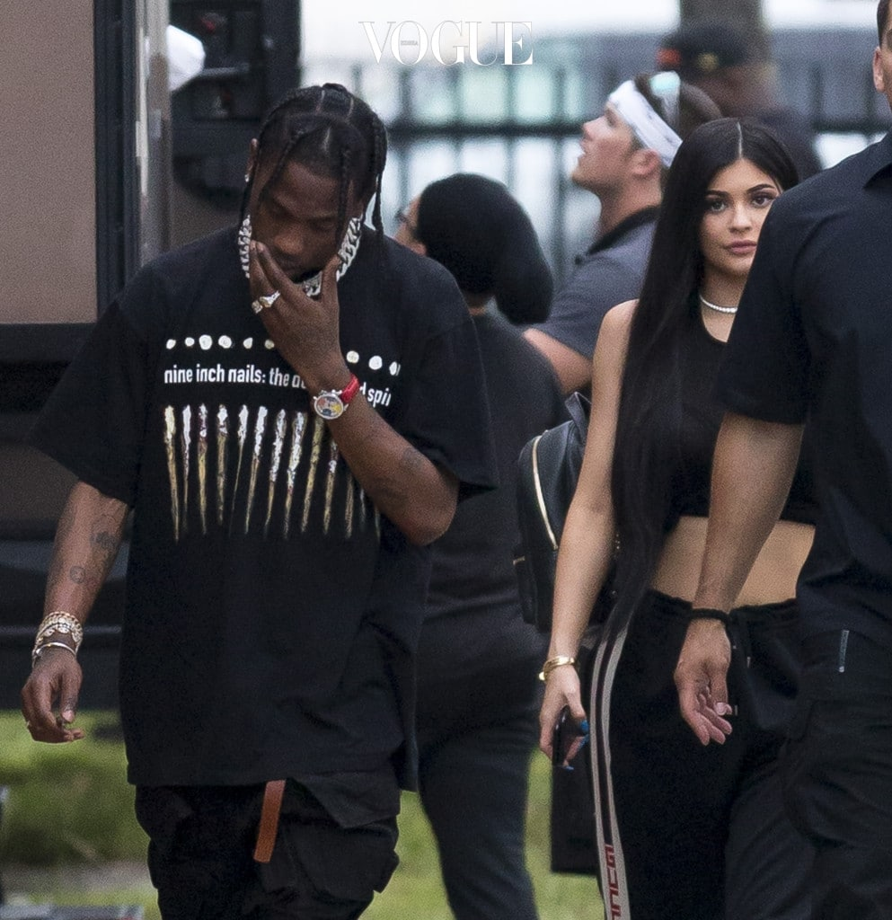 Kylie Jenner and Travis Scott visit DJ Khalid video shoot and go for dinner at Miami Finga Licking fried food restaurant, Miami. The couple where keen to hide from photographers and seemed the help of an armed guard at the fast food stop. It was unclear if Scott was due to film on set but only spent a short time before heading off on the 30 minute drive to a locals strip mall fast food restaurant. Pictured: On video set. Ref: SPL1512908  060617   Picture by: Splash News Splash News and Pictures Los Angeles:310-821-2666 New York: 212-619-2666 London:870-934-2666 photodesk@splashnews.com
