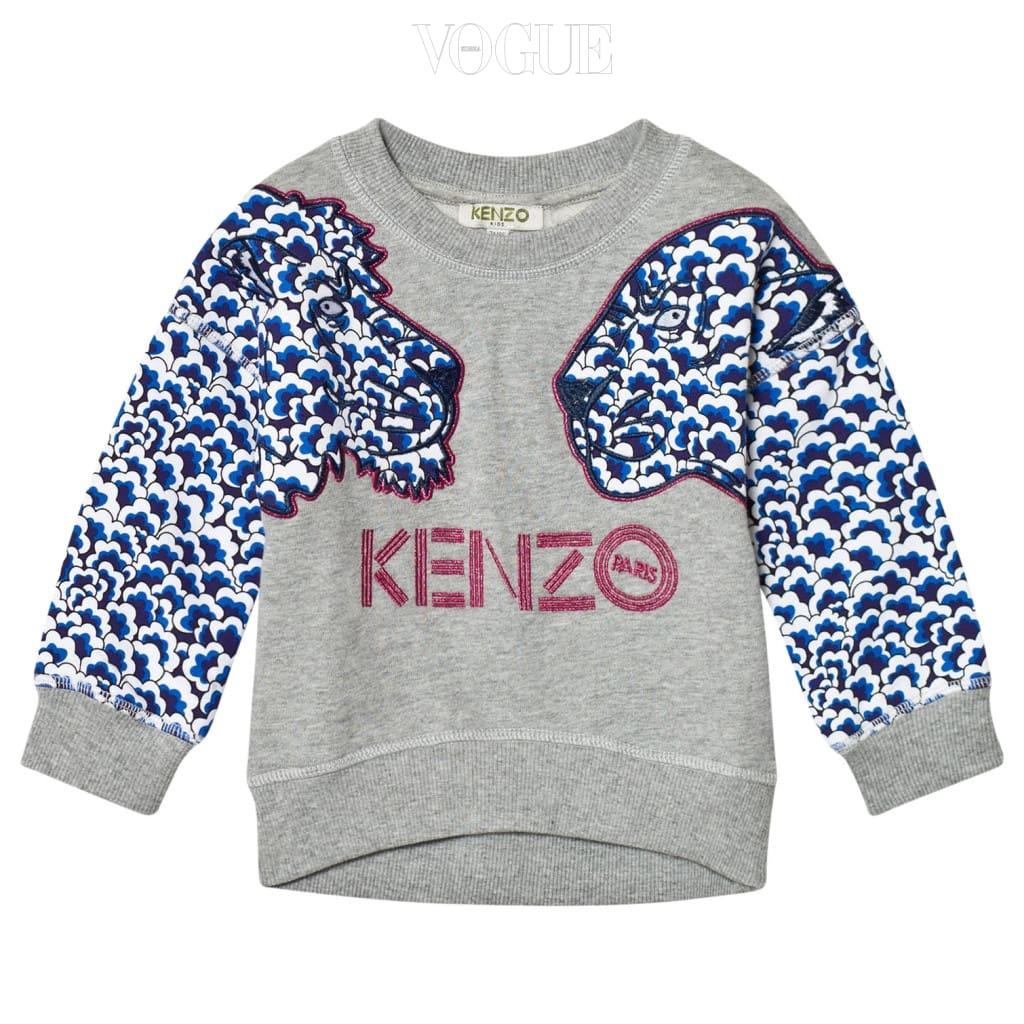 섬세한 자수 장식이 수놓인 그레이 스웨트 셔츠는 겐조 키즈(Kenzo Kids).