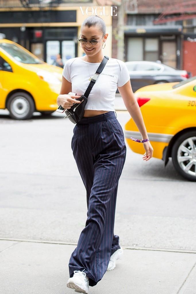 유행의 전파자인 스타일 아이콘들의 간택을 받아 벨라 하디드 Bella Hadid