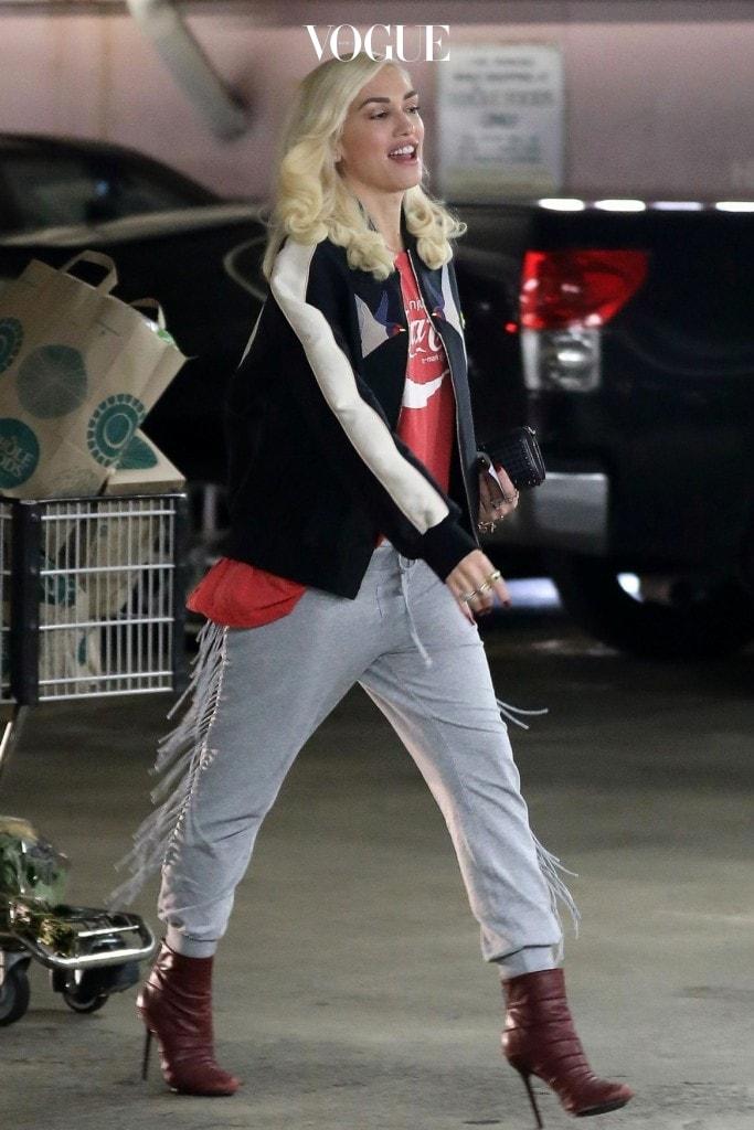 50세가 코 앞에 다가온 그녀의 패션 센스가 이 정도!