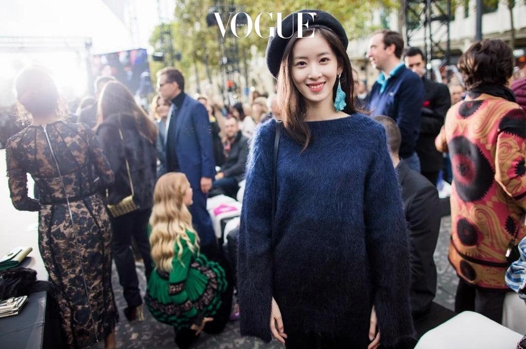 결혼 후 중국 빈곤층을 위한 봉사활동을 하는 등 여러 가지 대외활동과 패션위크에 초대되는 소셜라이트로서의 삶을 살게 된 그녀. @zetianzzz