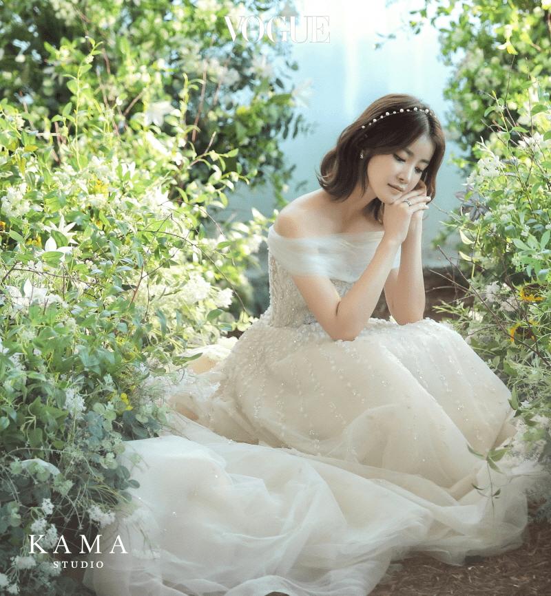 임신 6개월에 접어든 지난 9월 30일, 결혼식을 올린 배우 이시영.