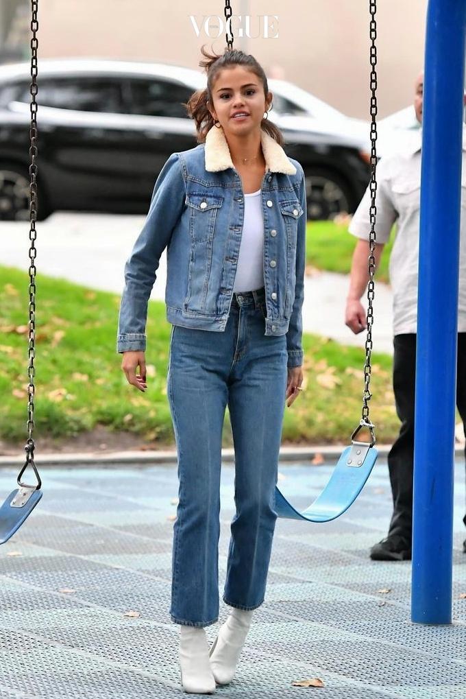 셀레나 고메즈 Selena Gomez 톱숍(Topshop) 웨스턴 재킷 $110