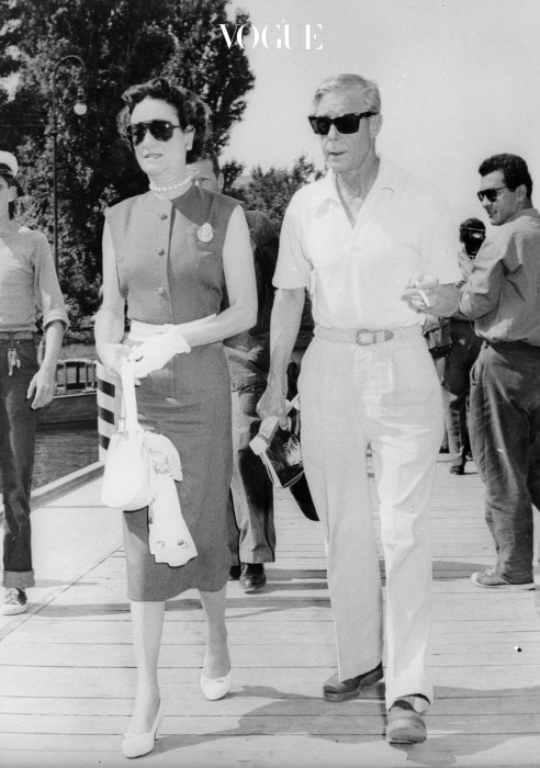 3rd September 1956:  The Duke and Duchess of Windsor take a stroll at the Lido, Venice, where they are attending the International Film Festival.  (Photo by Keystone/Getty Images)