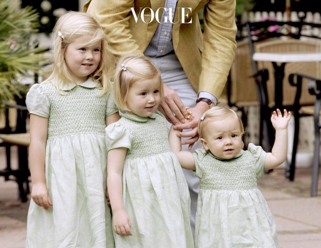 그리고 귀여운 세 딸 카타리나아말리아, 알렉시아, 아리아너를 얻었습니다.