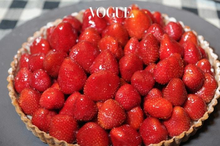 맛있는 딸기와 타르트가 만나면 더 맛있는 세계가 펼쳐집니다.