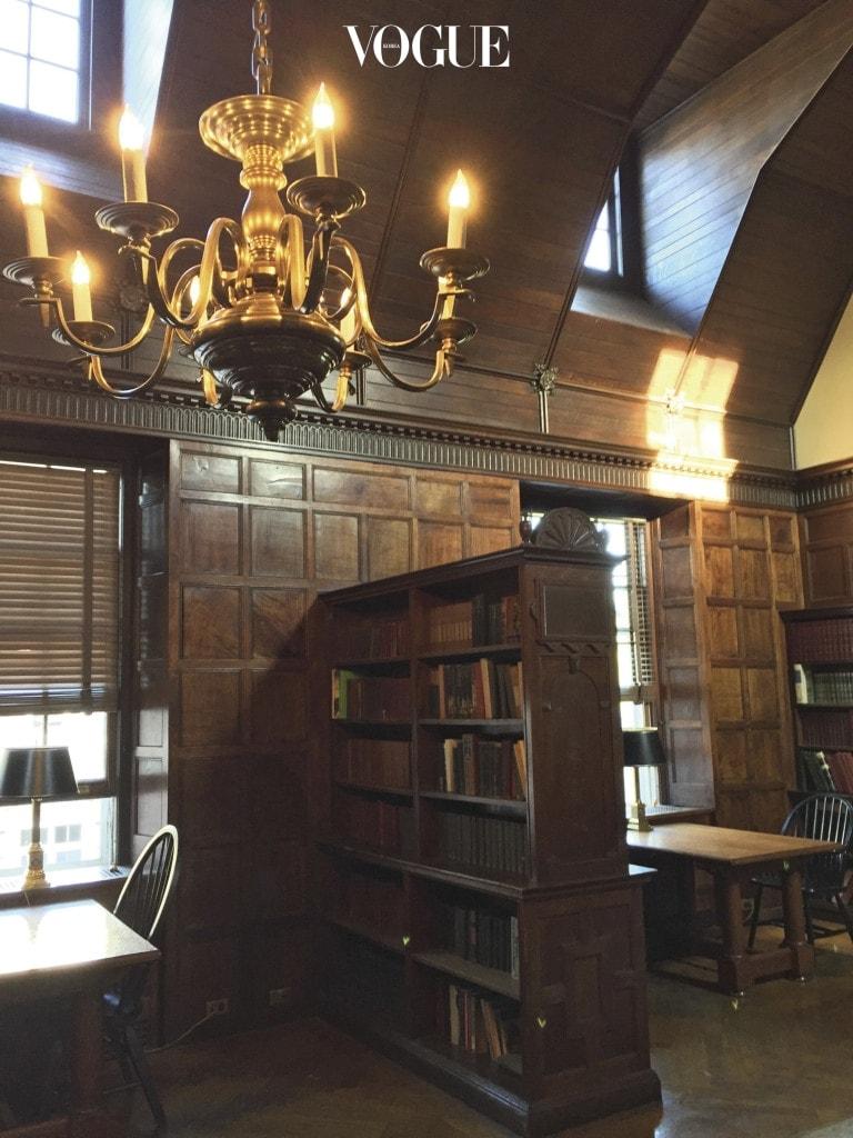 피츠제럴드의 영혼이 담긴 프린스턴 대학. 그가 직접 쓰던 책상도 볼 수 있다.