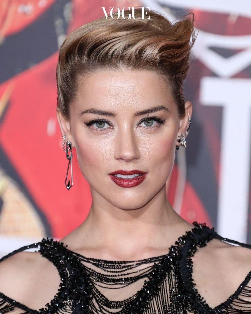 HOLLYWOOD, LOS ANGELES, CA, USA - NOVEMBER 13: Actress Amber Heard wearing Atelier Versace arrives at the World Premiere Of Warner Bros. Pictures' 'Justice League' held at the Dolby Theatre on November 13, 2017 in Hollywood, Los Angeles, California, United States. (Photo by Xavier Collin/Image Press Agency/Splash News) Pictured: Amber Heard Ref: SPL1623052  131117   Picture by: Xavier Collin/IPA/Splash News Splash News and Pictures Los Angeles:310-821-2666 New York:212-619-2666 London:870-934-2666 photodesk@splashnews.com