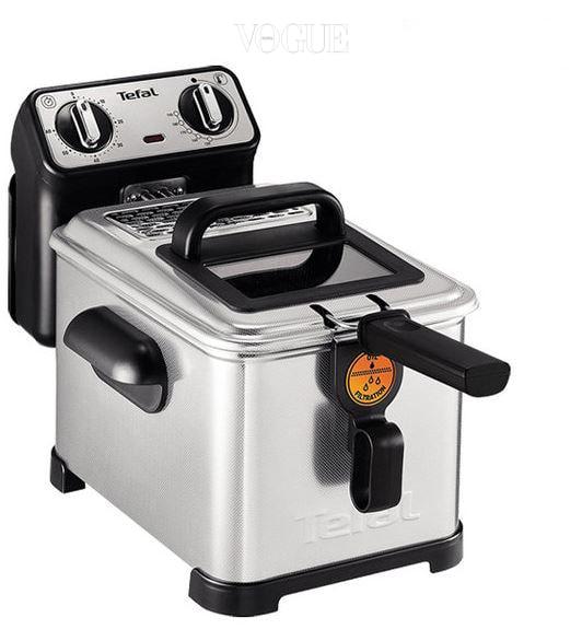테팔 '가정용 튀김기', 가격14만 7천원. 집에서 튀긴 돈가스가 식당에서 먹는 것처럼 바삭하지 않다고요? 150도에서 190도까지 쉬운 온도 조절과 기름통을 분리할 수 있어 손쉽게 사용할 수 있답니다.