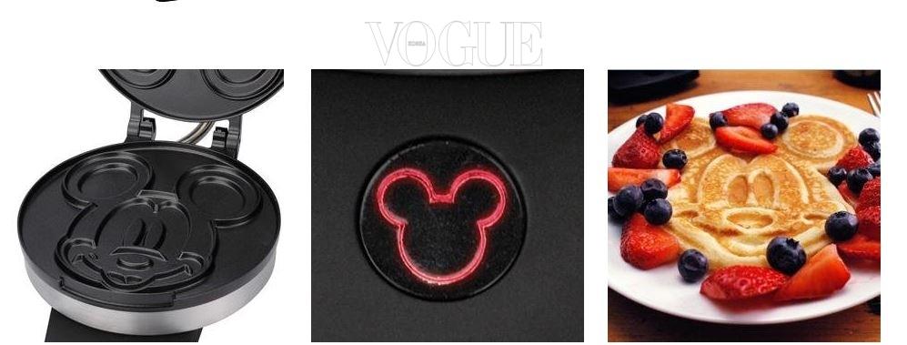 디즈니 'DCM-1클래식 미키 마우스 팬케이크 메이커', 가격 40달러. 디즈니 랜드에 온 듯! 반죽을 넣으면 미키 마우스 얼굴이 그대로 태어