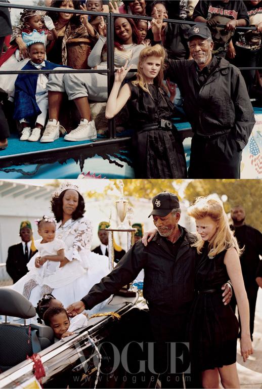 """1. Warm Welcome""""퍼레이드에 참가한 어린 소녀들은모두 공주처럼, 소년들은 왕자처럼 옷을입었더군요.""""라라가 말했다.""""모건과 전 퍼레이드를 둘러보면서정말 즐거워했죠."""" 2. Peace Train퍼레이드에 참여한 아이들과함께한 라라가 입은 드레스는미우미우(MiuMiu)."""
