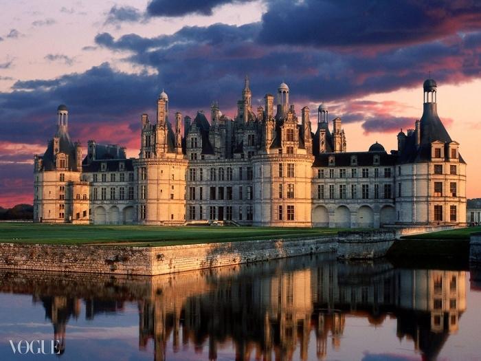 루아르 계곡에 위치한 샹보르 성은 1519년 프랑수와 1세가 지은 것으로 프랑스 르네상스 스타일을 잘 보여주는 훌륭한 예다. ⓒ frogandprincess.wordpress.com