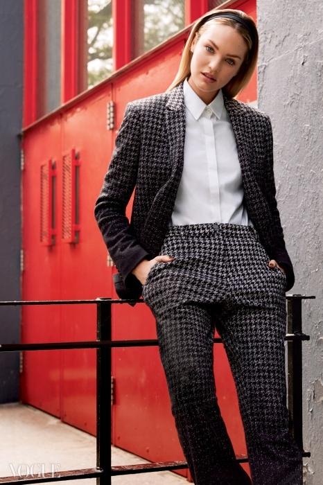 퍼블릭 스쿨은 뉴욕패션의 새로운 에너지로떠올랐다. 남성복을 입는여성이 더 이상 새로운것이 아닌 시대가 온것이다. 퍼블릭 스쿨의수트를 입은 모델 캔디스스와네포엘(CandiceSwanepoel@IMG).