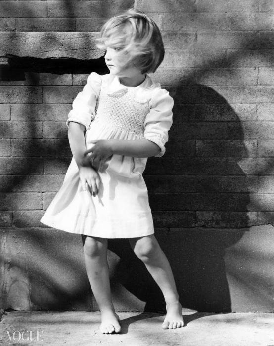 린지 키(Lindsay Key), 1985. 로버트 메이플소프. 은 젤라틴 사진. 40.6 x 50.8 cm (16 x 20 in). RMP 1350© 로버트 메이플소프 재단. 사 허가 받음. 코터시 갤러리 타데우스로팍 파리/잘츠부르크