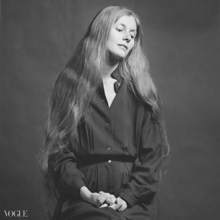캐롤 오버비(Carol Overby), 1979. 로버트 메이플소프. 은 젤라틴 사진. 40.6 x 50.8 cm (16 x 20 in) RMP 1281© 로버트 메이플소프 재단. 코더시 갤러리 타데우스로팍 파리/잘츠부르크