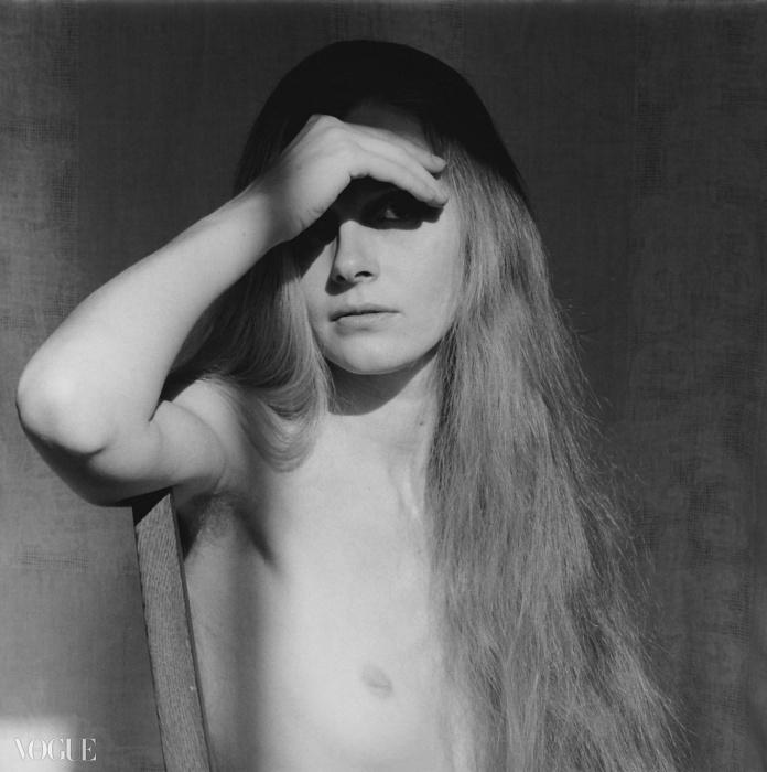 캐롤 오버비(Carol Overby), 1979. 로버트 메이플소프. 은 젤라틴 사진. 40.6 x 50.8 cm (16 x 20 in) RMP 1282© 로버트 메이플소프 재단. 코더시 갤러리 타데우스로팍 파리/잘츠부르크